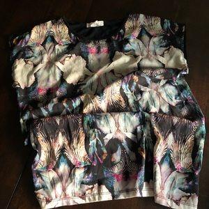 Forever 21 Tribal Shirt Brand New 🧲 super cute!